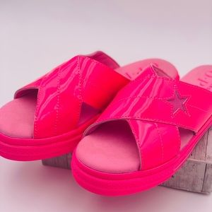 Converse One Star Slide Hyper Pink